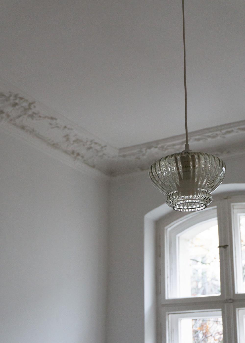 berlin-altbau-interior-design-style-minimal-white-beige-turn-scandinavian-designer-rgdaily-rg-daily-blog-3